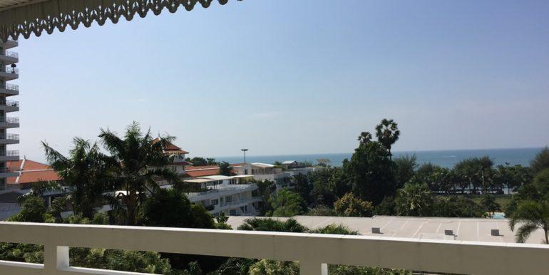 Balcony 09