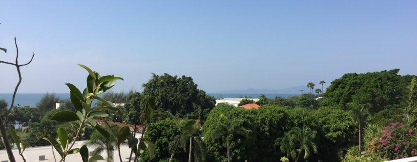 Balcony 10
