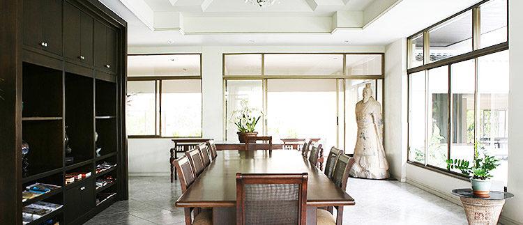 Grand_condotel_meetingroom
