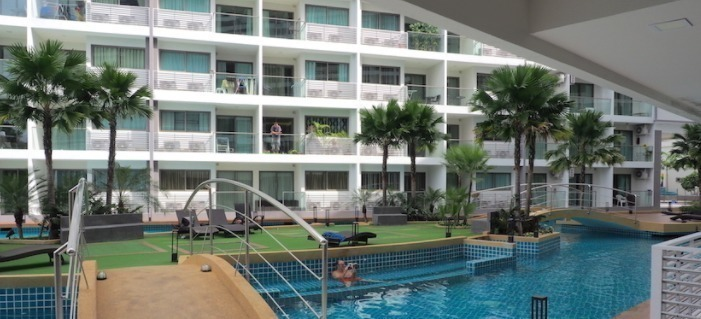 laguna-beach-resort-condo-pattaya-59390f236d275e6ff7000070_full